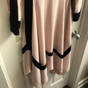 BCBGMaxAzria Dresses - BCBG Maxazria Dress size XS
